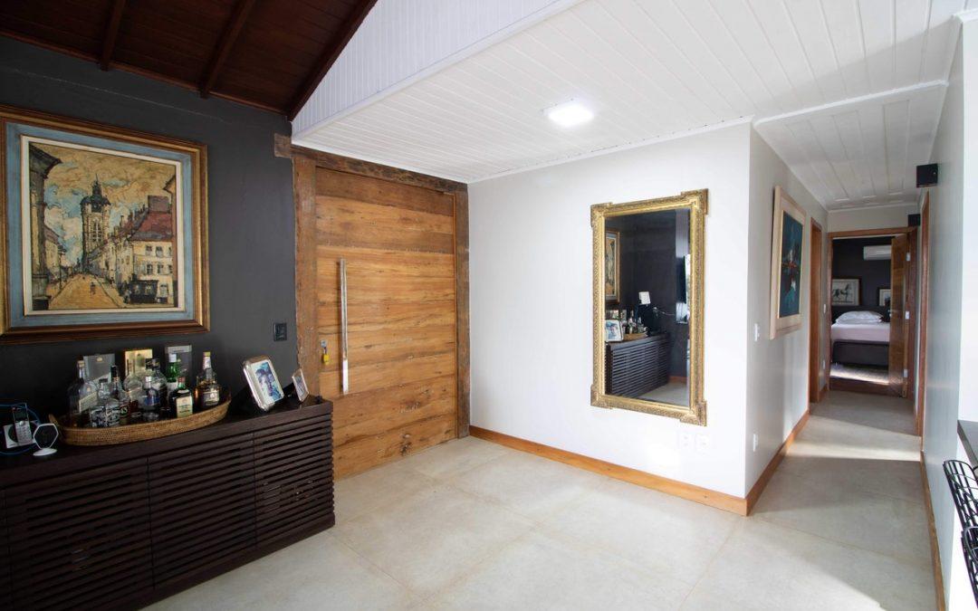 Milyen kapcsolat van a beltéri ajtók és a lakberendezés között?
